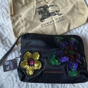 NWT Authentic Small Burberry pouch